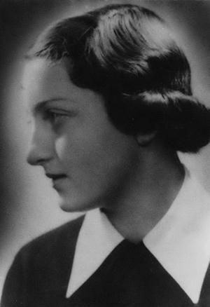 Portre of Szenes Anikó