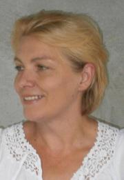 Portre of Thiele-Csekei Enikő